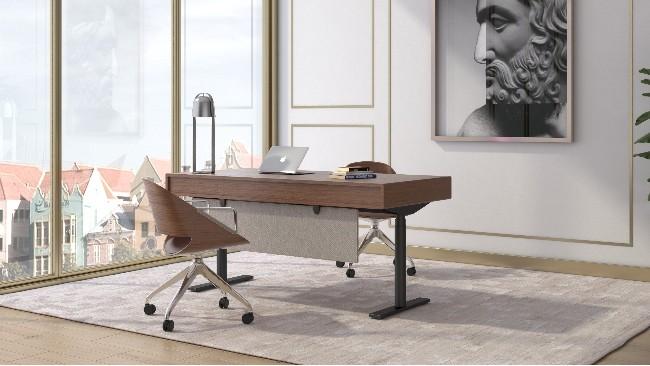 老板办公桌要大过员工办公桌?!