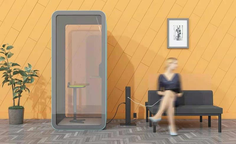 PowerLinker:多用户移动充电集成电源中心