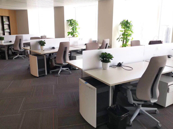 奥美丽摩洛哥OCP驻北京国贸大厦办事处电动升降桌案例