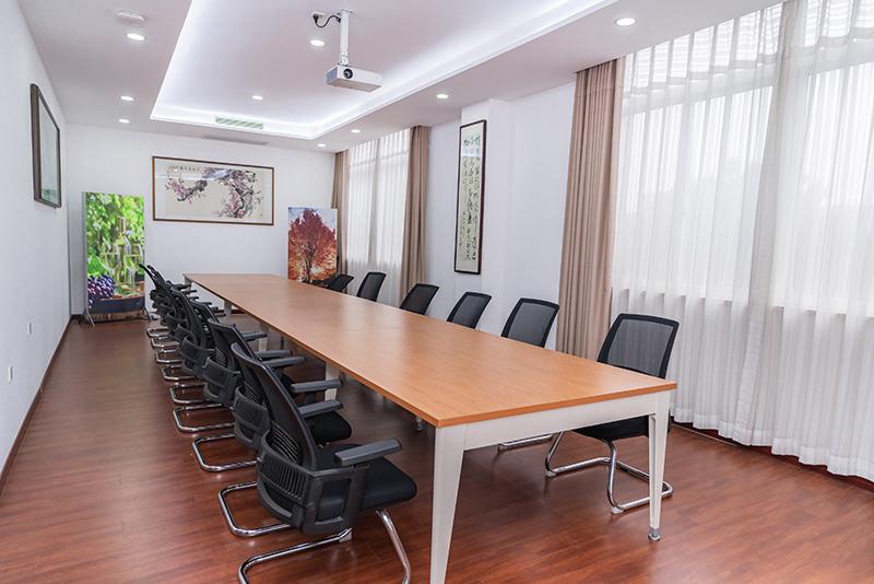 奥美丽公司会议室